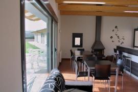 Alojamiento Ubaldo Nieto casa rural en Carracedelo (León)