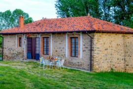 La Casina de la Fuente casa rural en Santa Colomba De Somoza (León)