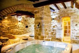 Cal Albareda casa rural en Coscó (Lleida)