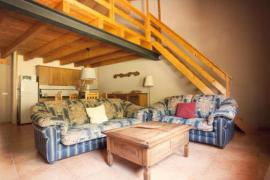 Cal Mentruit casa rural en Bescaran (Lleida)