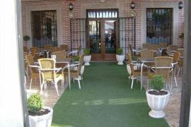 Hotel Restaurante El Jardin casa rural en Aldea Del Fresno (Madrid)