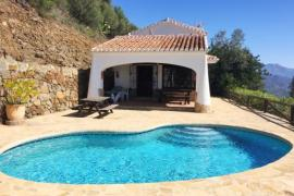 Finca Algarabia casa rural en Competa (Málaga)