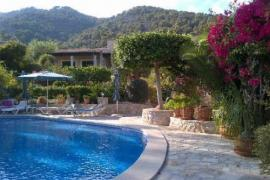 Can Furiós Petit Hotel casa rural en Selva (Mallorca)