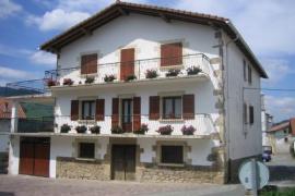 Apartamento Rural Loprenea casa rural en Saldias (Navarra)