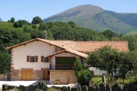 Apartamentos Rurales Kostarzua casa rural en Arizkun (Navarra)
