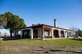 Casa completa para 16 personas por 495 €