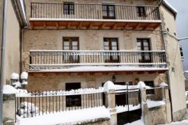 Balconada de La Molinera casa rural en Pradena (Segovia)