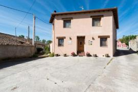 El Descanso de Los Lares casa rural en Santa Maria La Real De Nieva (Segovia)