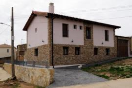 Alba casa rural en Almenar De Soria (Soria)