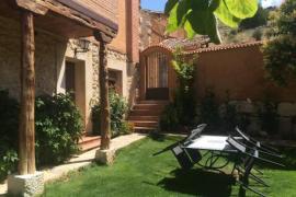 El Robledal I y II casa rural en Castillejo De Robledo (Soria)