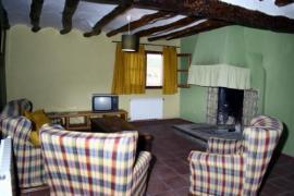 Turismo Rural La Ojinegra casa rural en Alloza (Teruel)