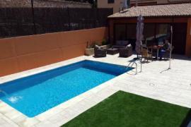 Bielas y Pistones & Aptos. Las Eras casa rural en Castelseras (Teruel)