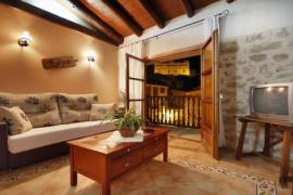 Santa Agueda Apartamentos casa rural en Valderrobres (Teruel)