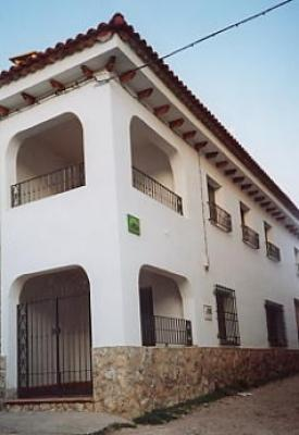 Casa rural serrano casa rural en sotorribas cuenca for Casa rural priego cuenca
