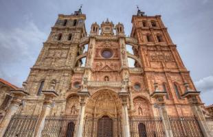 9 lugares imprescindibles para visitar en Castilla Y León