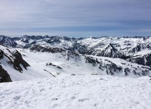 Pilar Club Ski