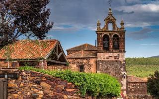 De los pueblos negros a los pueblos rojos de Segovia