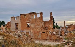 Fuendetodos y Belchite: arte y destrucción a partes iguales