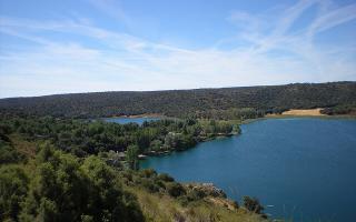 Lagunas de Ruidera, un oasis de agua y diversión entre Albacete y Ciudad Real