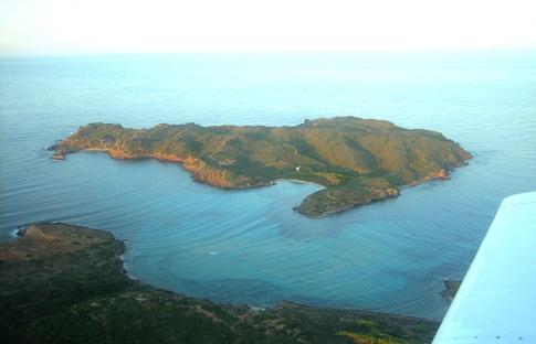 Islas desiertas (o casi) que conocer en España