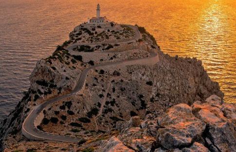 10 faros de España espectaculares que necesitas visitar
