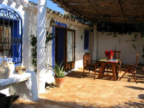 Casa aloe vera casa rural en almajalejo almer a clubrural - Casa rural almeria jacuzzi ...