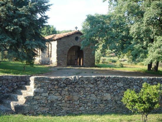 Casa los robles casa rural en acebo c ceres clubrural for Casas rurales en caceres con piscina