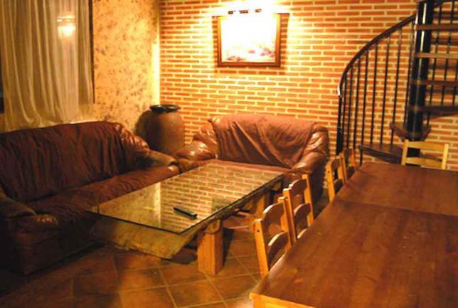 Casa con chimenea y barbacoa hasta 10 personas