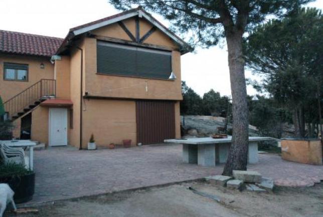 Sierra madrid chalet 10 per x 15 150 dia clubrural - Casa en la sierra de madrid ...