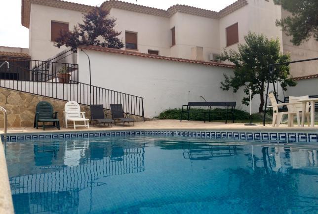 Descuento 8 fin de semana 9 11 agosto clubrural for Oferta alquiler casa piscina agosto