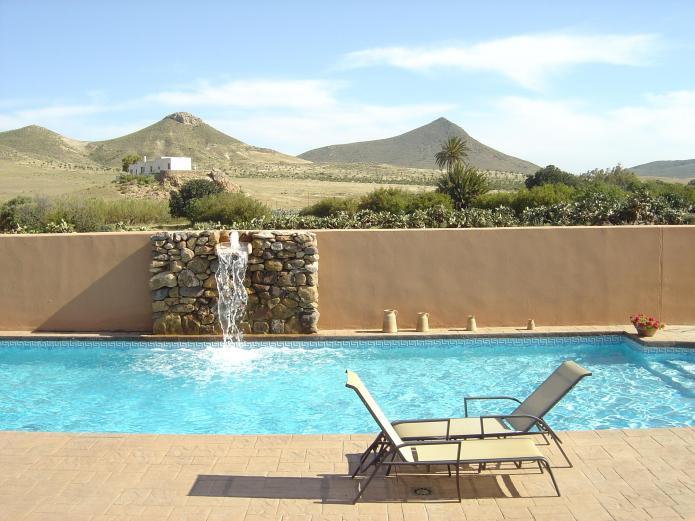 Hotel de naturaleza rodalquilar hotel en rodalquilar - Hotel los patios almeria ...