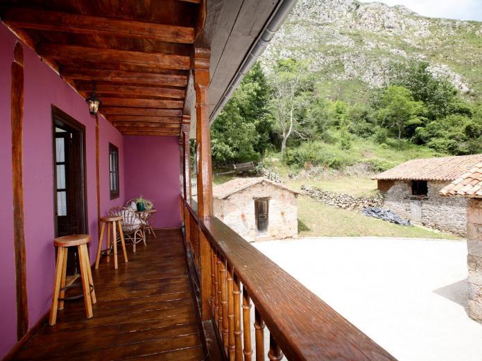 Casa rural les llanielles casa rural en cangas de onis asturias clubrural - Casa rural asturias mascotas ...