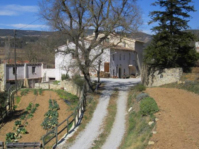 El planot casa rural en pontons barcelona clubrural - Casa rural economica barcelona ...