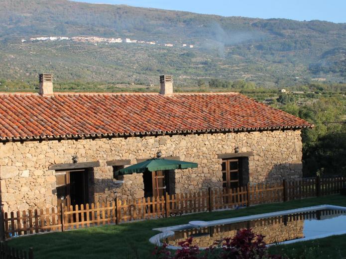 Casa rural de agroturismo el vallejo casa rural en casas del casta ar c ceres clubrural - Casa rural el vallejo ...
