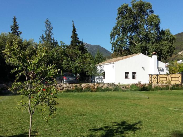 Molino de abajo casa rural en el bosque c diz clubrural - Casas rurales en el bosque cadiz baratas ...
