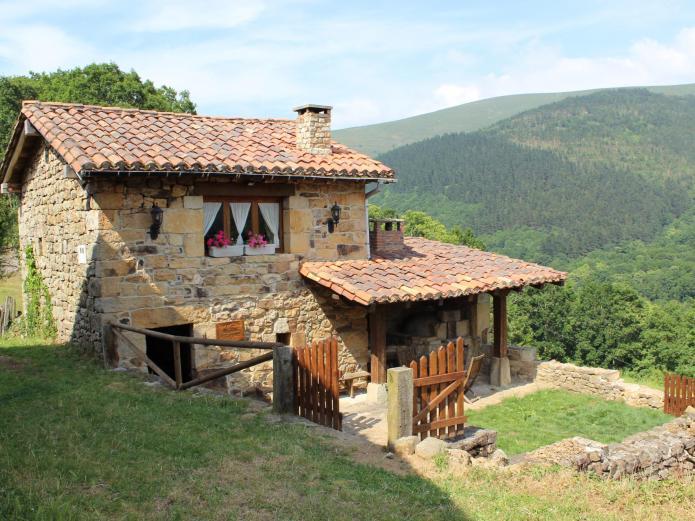 El refugio de luena casa rural en san miguel de luena - Casas rurales cantabria baratas alquiler integro ...