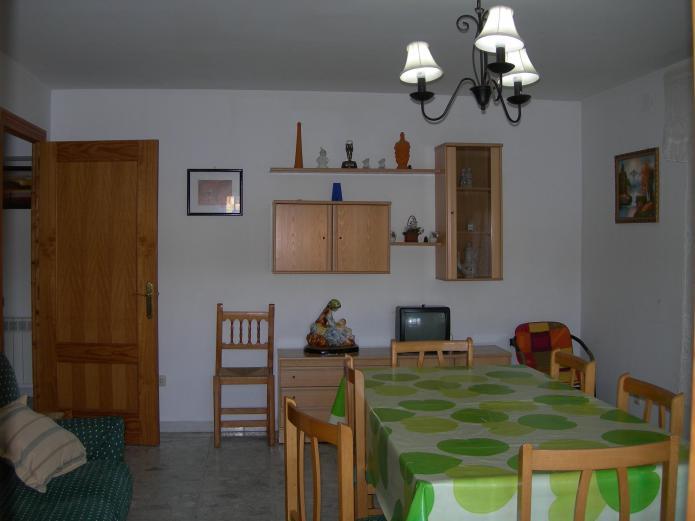 Casa rural hipolita casa rural en vega del codorno for Casa rural priego cuenca