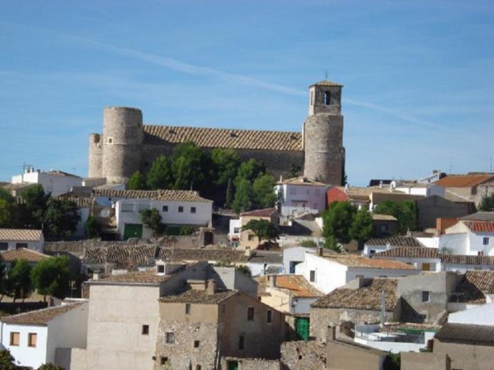 Casas rurales el romeral casa rural en castillo de garcimu oz cuenca clubrural - Casa rural el castillo ...