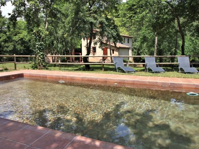 Cal xicot casa rural en sant joan les fonts girona for Casa rural girona piscina