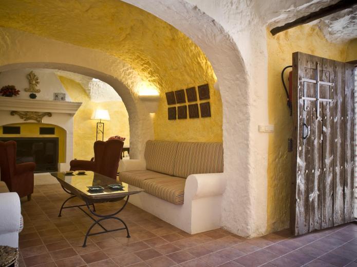 Casa cueva la hornacina casa cueva en orce granada clubrural - Granada casa rural ...