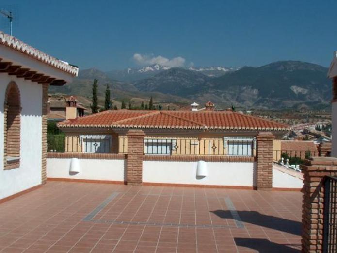 Hotel los rebites hotel rural en huetor vega granada for Jardin botanico granada precio