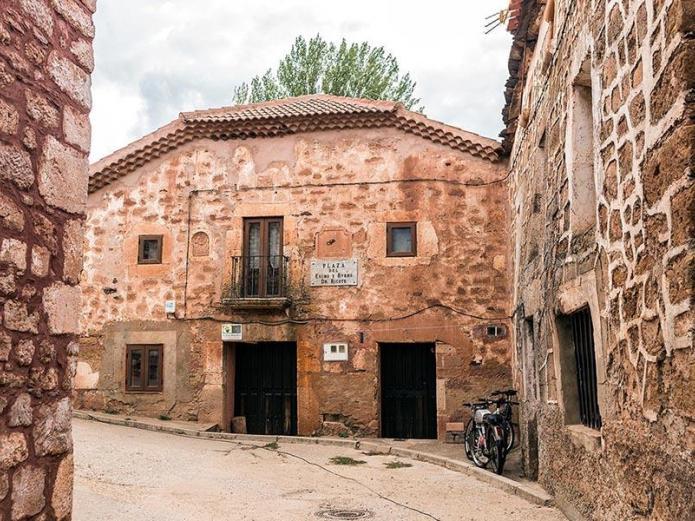 Casa Rural Santa Coloma, Casa Rural en Albendiego