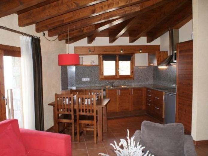 Aparthotel bellver apartamento rural en bellver de - Casa rural bellver de cerdanya ...