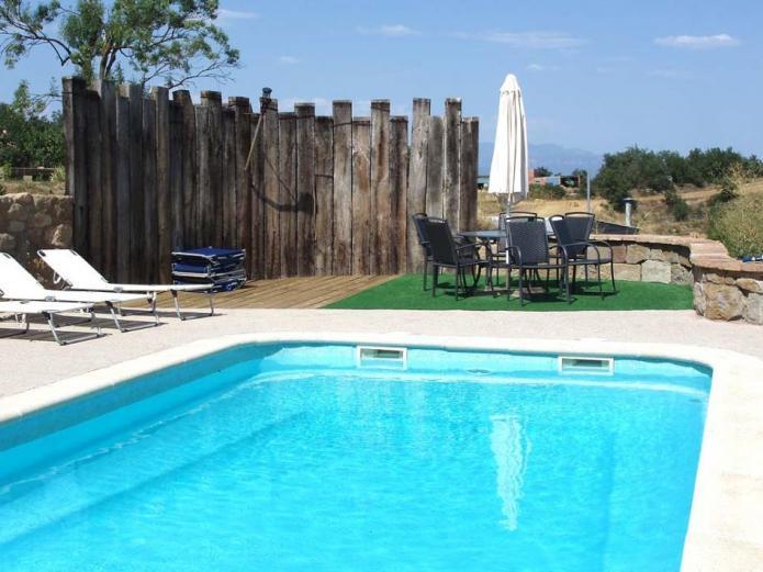 La torra de llobera casa rural en llobera lleida clubrural - Casas rurales lleida piscina ...