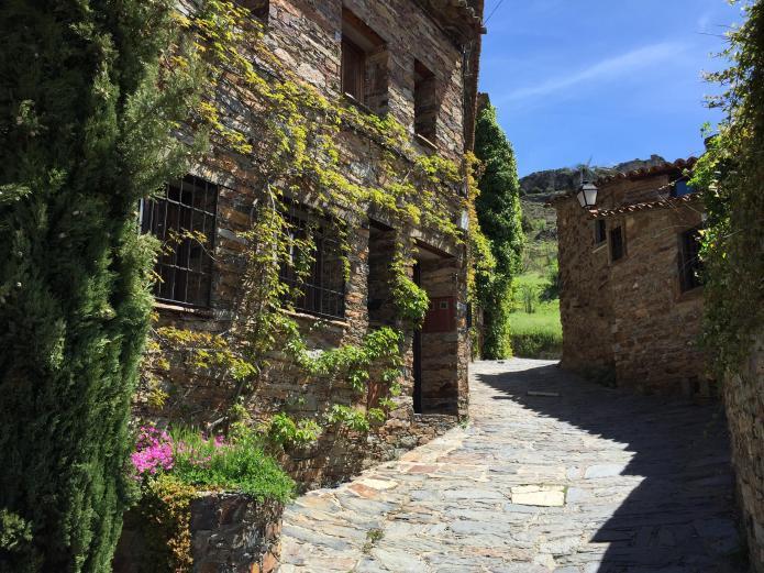 La leyenda de patones alojamientos rurales en patones madrid clubrural - Casa rurales en madrid ...