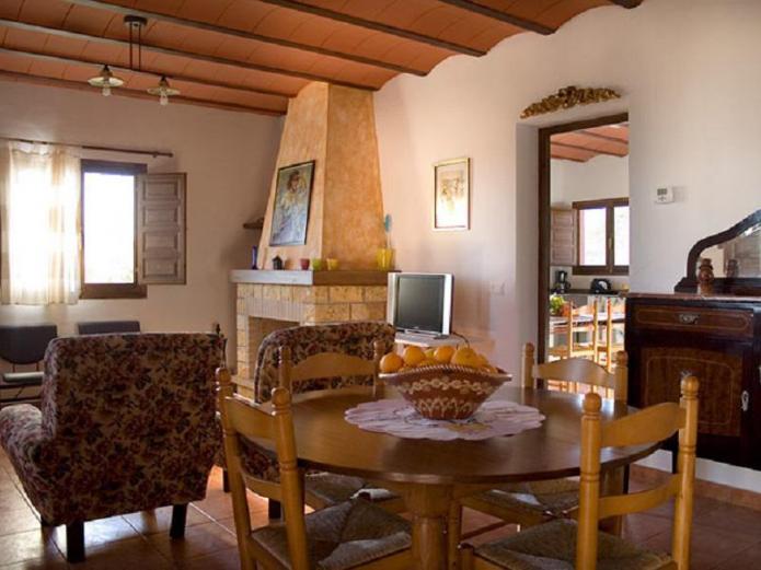 Casas rurales las se oritas casa rural en fortuna murcia - Casa rural las lilas ...