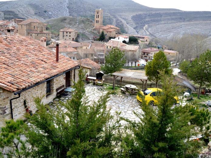 El patio del maestrazgo casa rural en villarroya de los pinares teruel clubrural - Casas rurales teruel con piscina ...