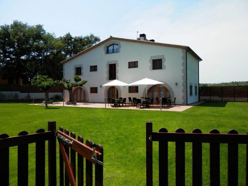 Can dellonder casa rural en vilobi d onyar girona - Can caponet casa rural ...