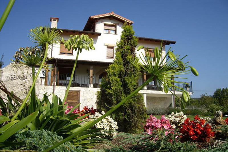 Valle de g emes casa rural en bareyo cantabria clubrural - Guemes cantabria ...