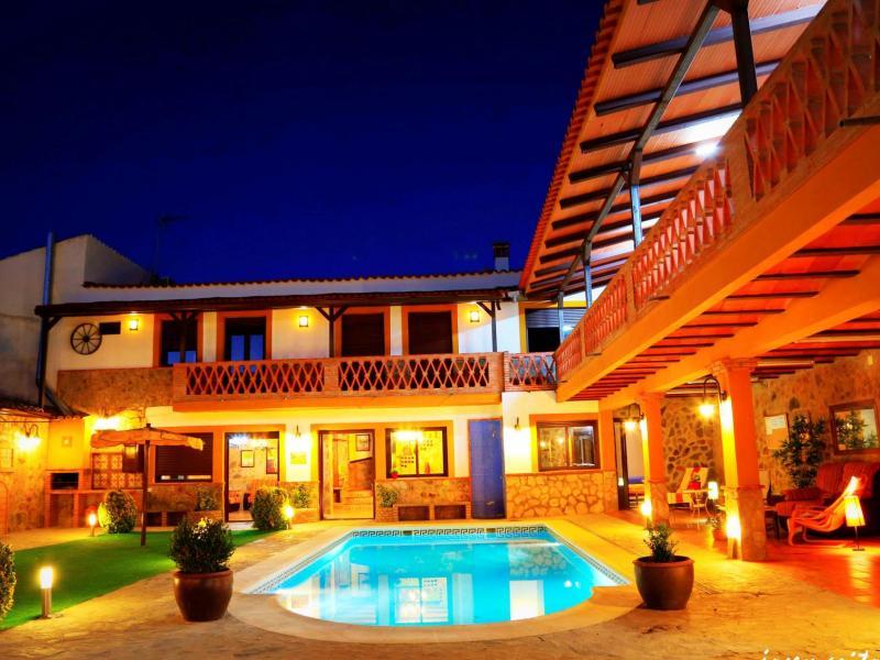 Complejo rural marcelina y manol n casa rural en jerez de for Casas rurales en badajoz con piscina
